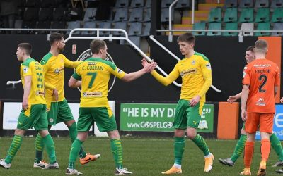 10-man Carrick Lose to Cliftonville with a Curran Goal